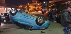 LADISPOLI: INCIDENTE IN VIA ROMA NEI PRESSI DI PIAZZA DOMITILLA , SUL POSTO LA POLIZIA LOCALE